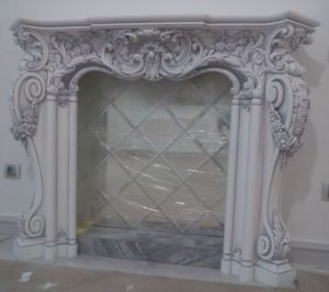 гипсовый каминный портал